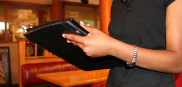 10 Things Restaurant Hosts Should Do