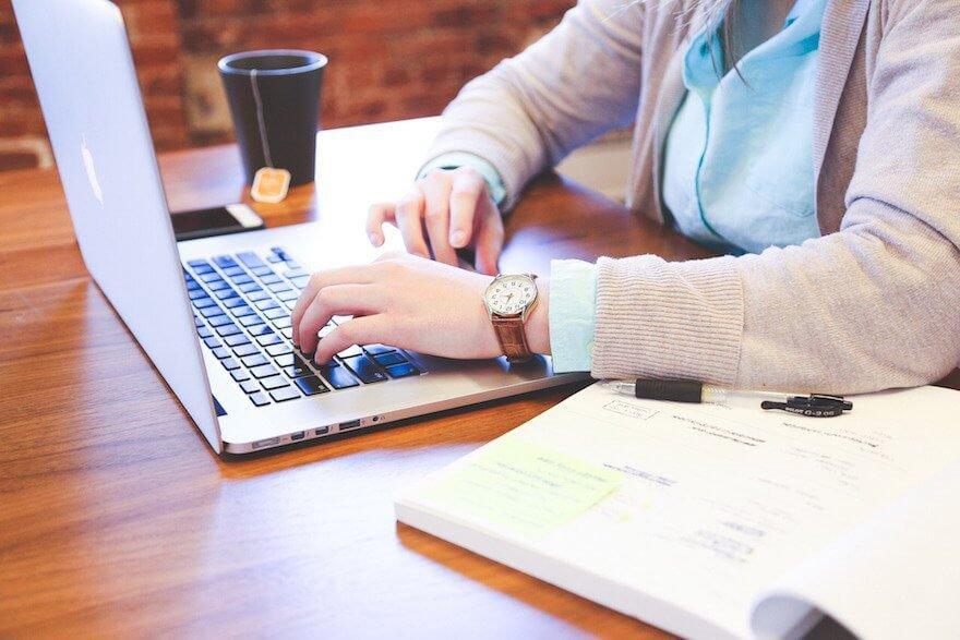 Restaurant FOH Reservation System: Social Media Best Practices
